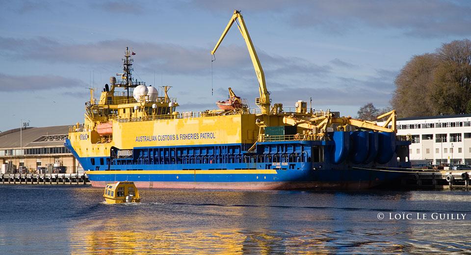transport photograhy - boat