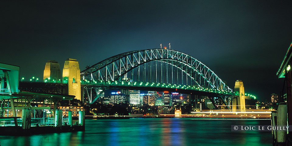 Sydney by night - Harbour Bridge